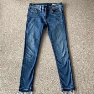 Rag and bone skinny ankle jeans size 28